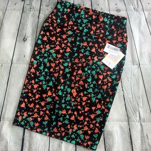 NWT LuLaRoe   XS Cassie Black Tulip Pencil Skirt